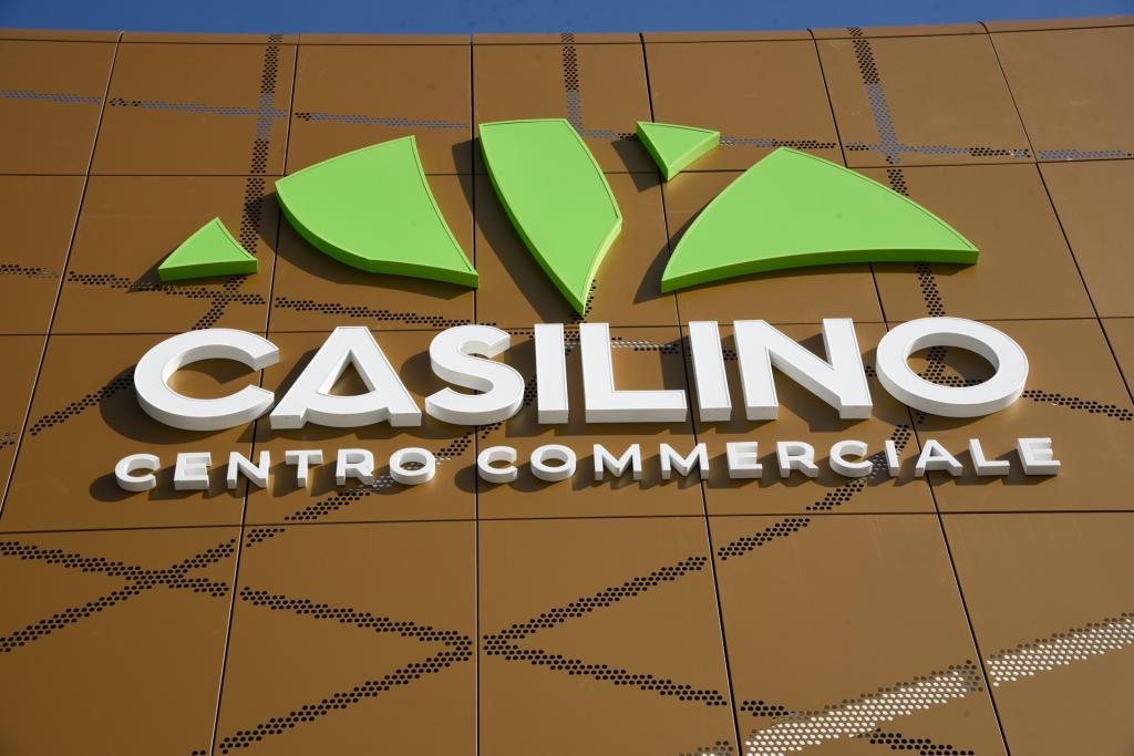 Opening of the restyled Centro Casilino shopping center in Rome